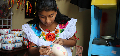 A woman benefiting from the World Bank's Expanding Rural Finance Project in Mexico. © Jessica Belmont/World Bank